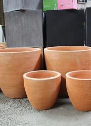 Terracotta pots - round